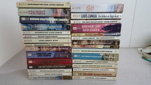 lot-of-30-louis-l-amour-lamour-vintage-western-books-free-shipping-92389a90af0c94004491b388e5c16c18